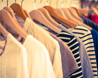 衣服販売 求人